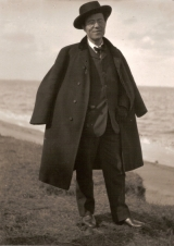 Gustav+Mahler smiling